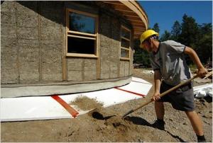 Как отремонтировать фундамент под деревянным домом на суглинке?